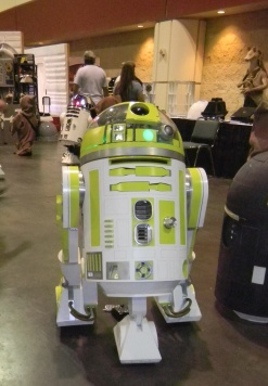 R2D2 at MegaCon
