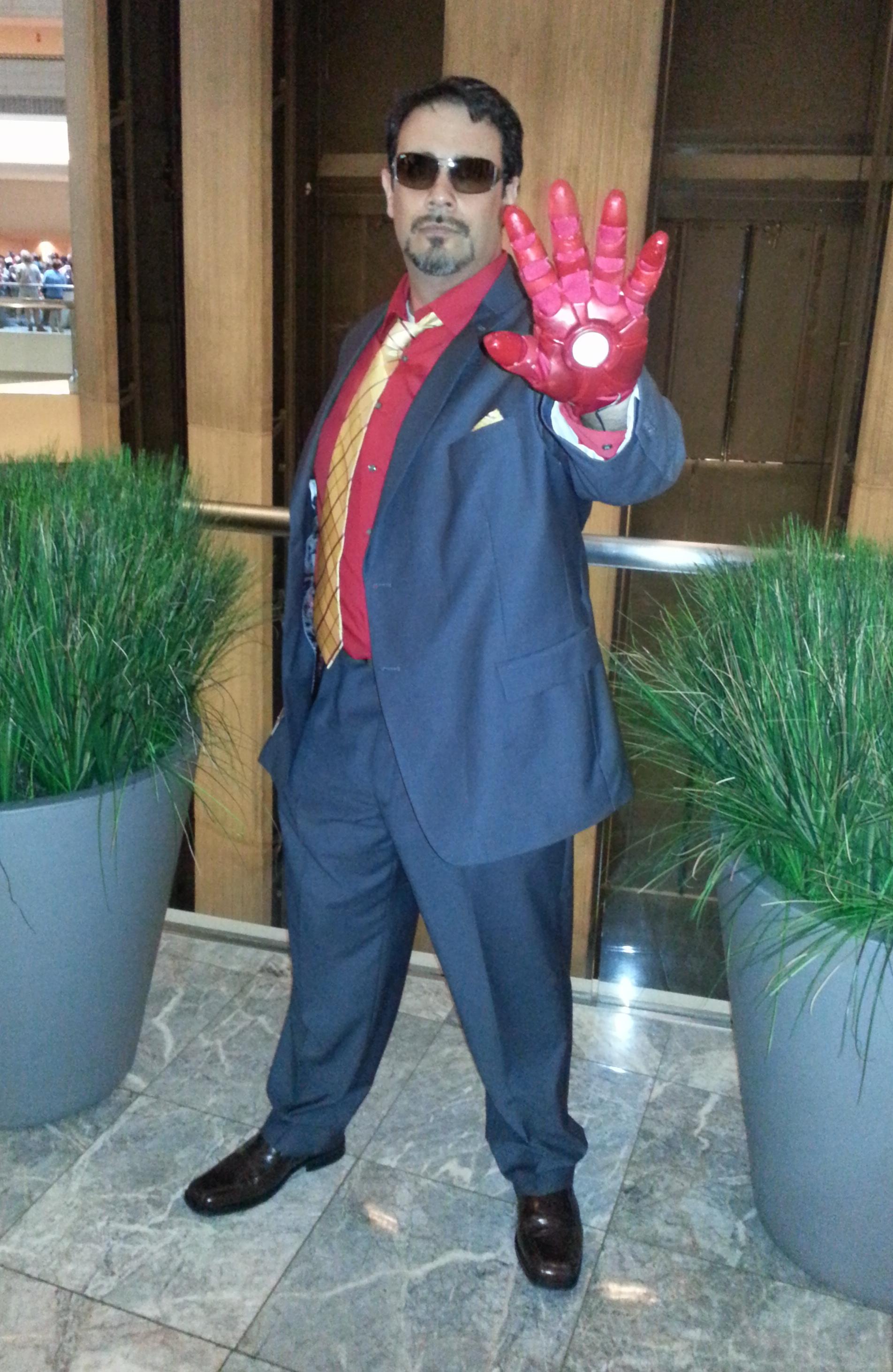 Tony Stark Cosplay – DragonCon 2012 Girls Gone Geek - 1904x2925 ... Tony Stark Cosplay
