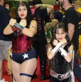 Wonder Woman & Donna Troy 2 - MegaCon 2013