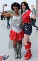 Nubia & Bombshell Wonder Woman - Dragon Con 2013