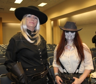 Big Alice & Deathface Ginny, Pretty Deadly
